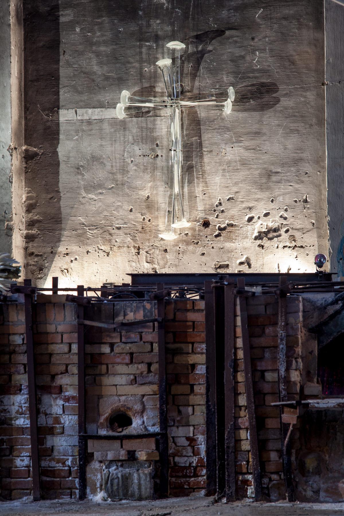 Leonardo Cimolin - Fragility and Strenght of Faith