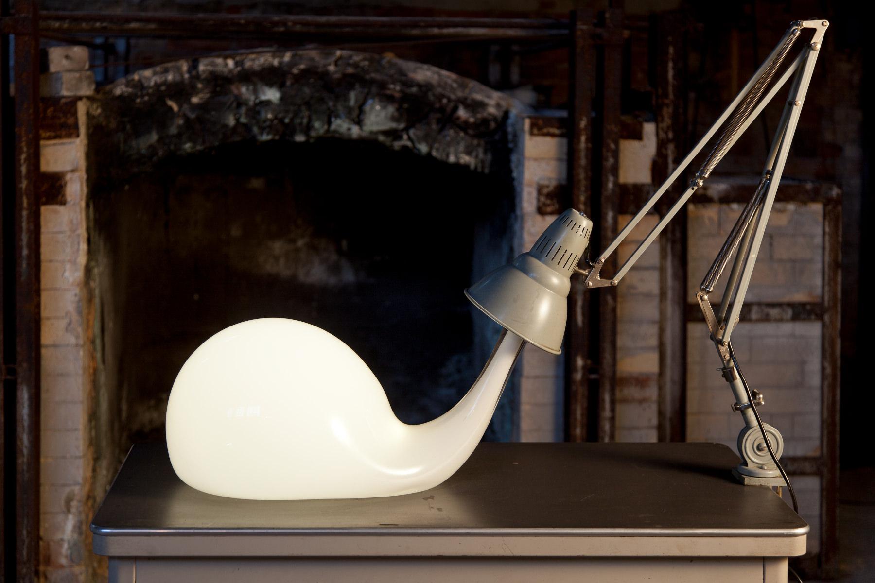 Pieke Bergmans - Desk Light Blub